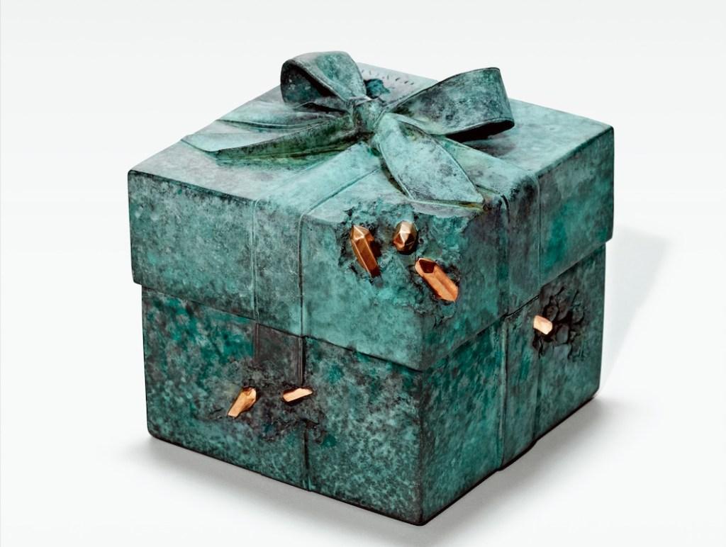 La icónica Blue Box de Tiffany & Co. se convierte en esculturas de edición limitada