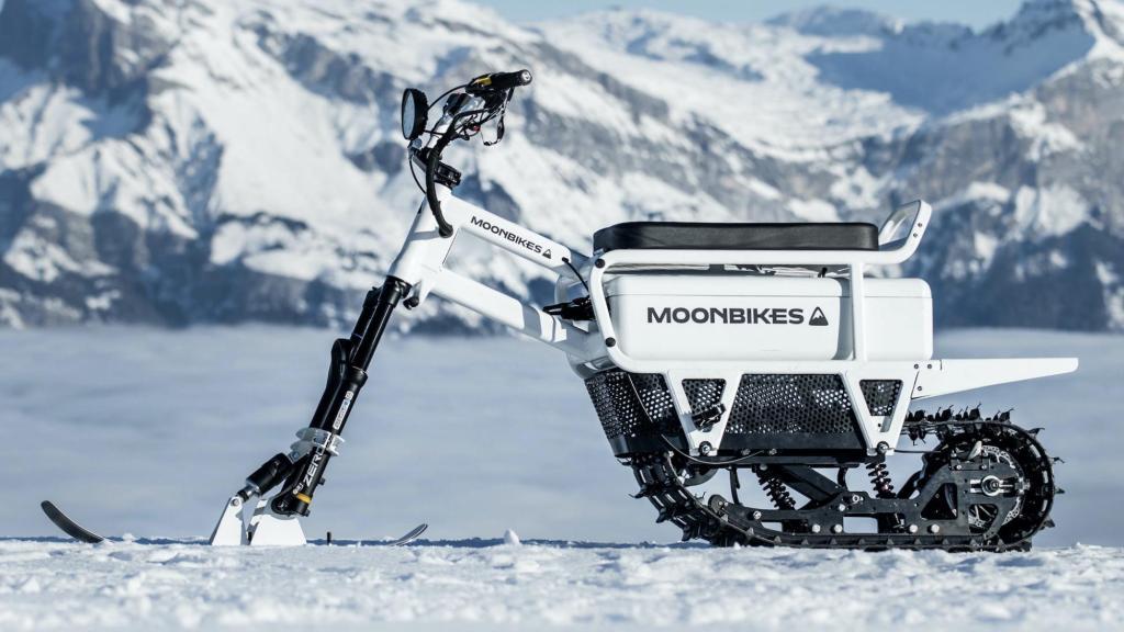 Justo a tiempo para la temporada invernal, llega la primer moto de nieve eléctrica del mundo