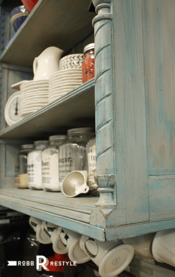 kitchen_shelf_painted