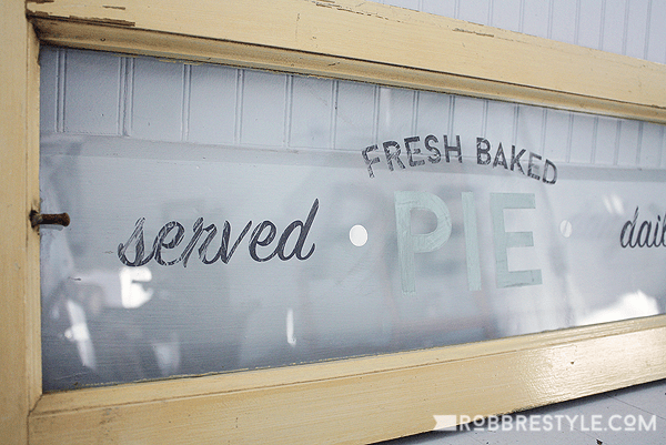 DIY Fresh Baked Pie Window Sign with Chalky Finish Paint for Glass