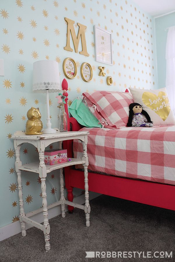 Mint and Gold Star Stencil wall for a little girl's bedroom makeover