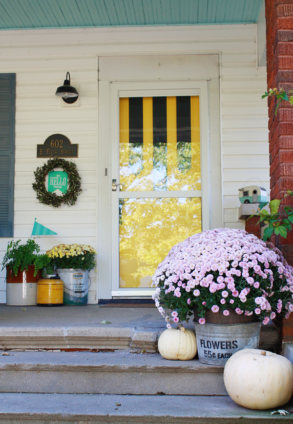 Vintage Fall Decorating Ideas | Robb Restyle