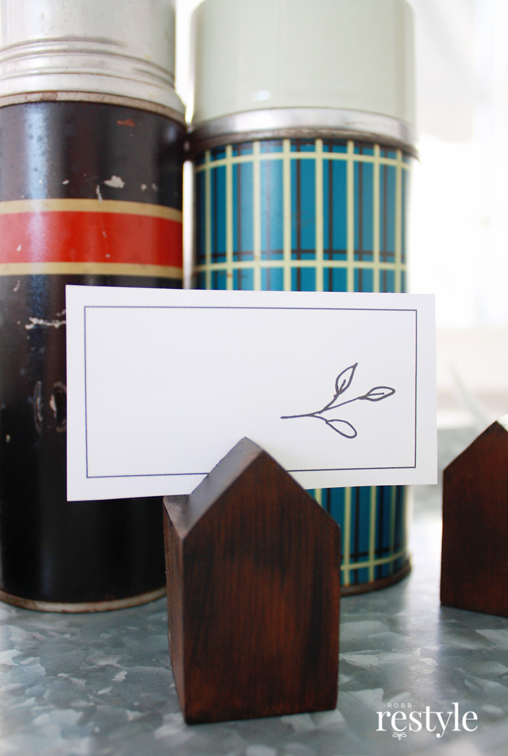 free printable place card house holder