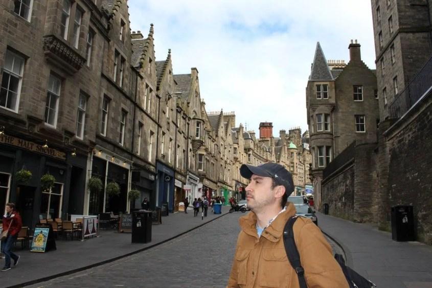 Travel Like a Local Tips Go For a Walk Golden Mile Edinburgh