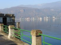 porto ceresio, lago di lugano, italia, ticino, svizzera, varese, lombardia, lungolago, https://robertakedzierski.wordpress.com/