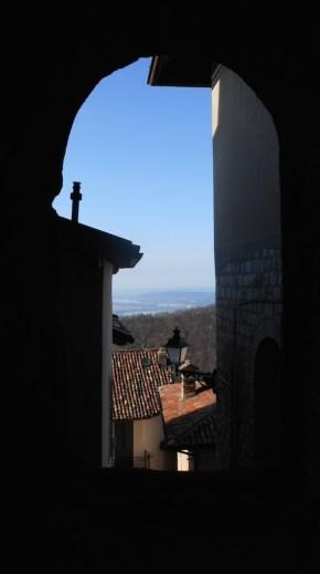 sacro monte, borgo, santa maria del monte, varese, italy, lake, glimpse, scorcio