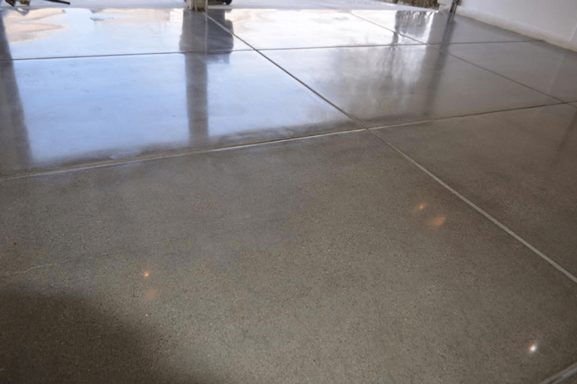 A Basic Study in The Field of Concrete Polishing, 'Using Guard or