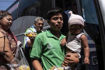migrants en route