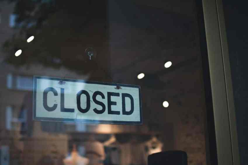 closed brick-and-mortar store