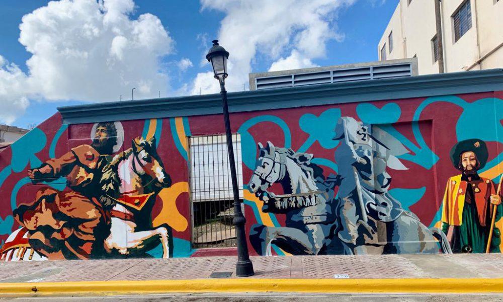 Inauguran mural en honor a Santiago Apóstol con motivo de fiestas patronales en Santiago