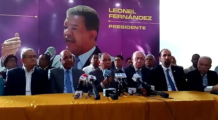 Leonel convoca a concentración en el Congreso este miércoles
