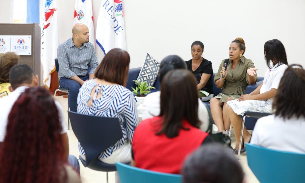 RESIDE conmemora Día Mundial de la Salud Mental con panel a cargo de los usuarios del centro enfocado en prevención de suicidios