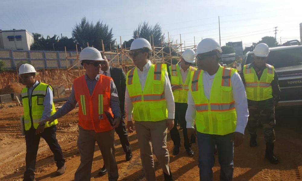 Ministro MOPC y presidente Suprema supervisan trabajos nuevo Palacio Justicia SDE