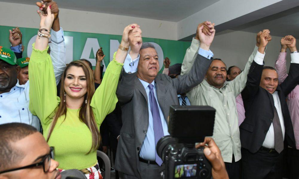 Leonel presenta a Francisco Luciano como candidato a alcalde de SDO; destaca sus condiciones morales y políticas