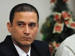 Director de Cobros de la CCSS (Luis Diego Calderón) modifica puestos de jefaturas 3 días antes del traspaso de poderes. ¿por qué será?