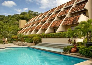 Villas Sol Hotel & Beach Resort (Promotora La Costa) de Rodolfo Jiménez Borbón, adeuda a nuestra Seguridad Social 61 millones de colones.