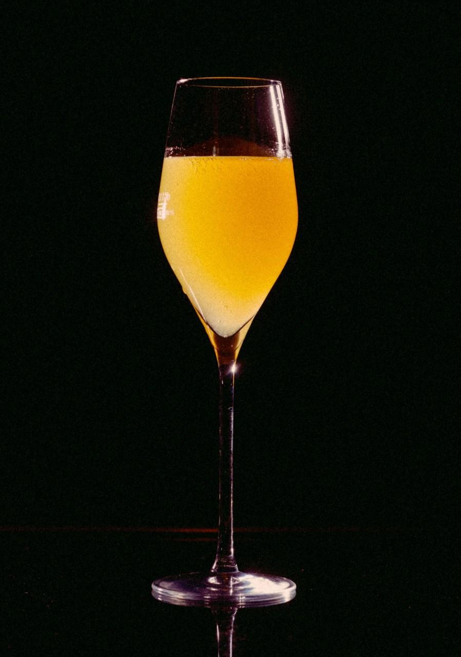 Recipe: 10cl Alexandra Rosé 4cl Peach Puree