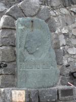 Het echte Coppi monument op de Stelvio
