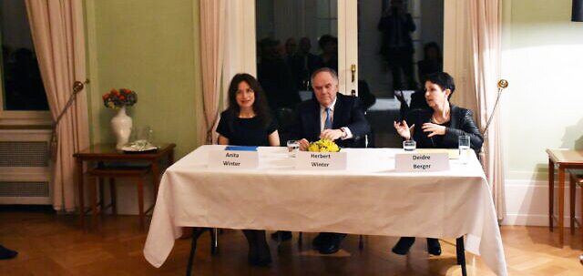 Anita Winter, left, at a panel at the Berliner salon at the German embassy in Bern, winter 2016. (Courtesy)