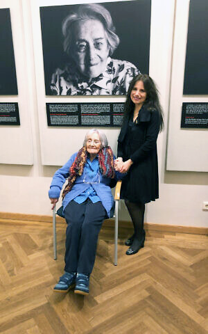 Anita Winter with Holocaust survivor Germaine Goldberg in Luxembourg for the 'Last Swiss Holocaust Survivors' exhibit in 2020. (Courtesy)