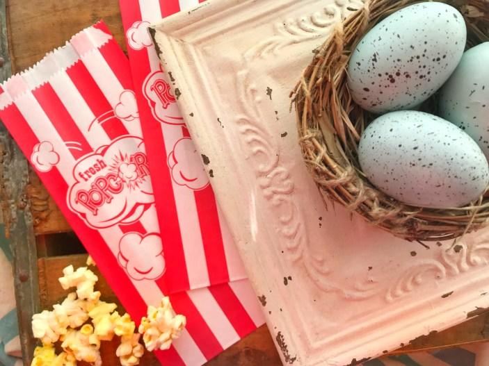 Nest and popcorn