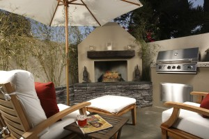Outdoor staging for great Arizona living
