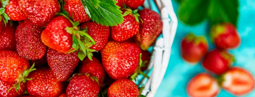 benefits of strawberries for skin