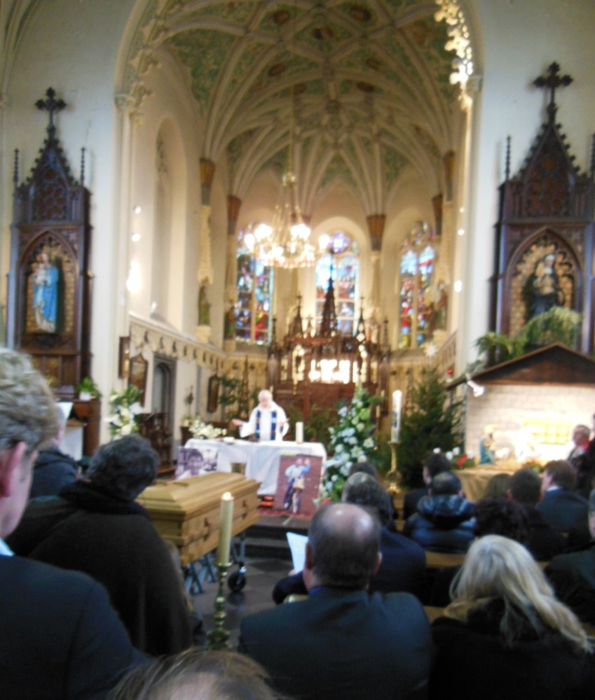 Georges Jobe 1961-2012 is laid to rest (3/6)