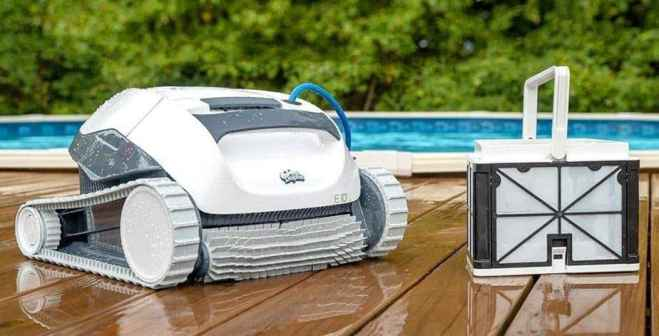 DOLPHIN E10 Automatic Robotic Pool Review