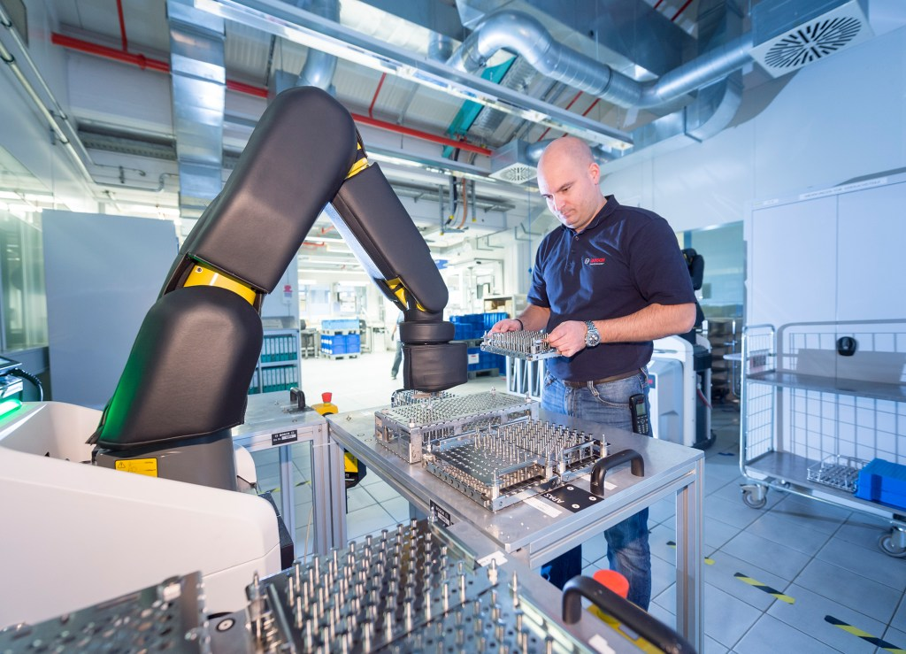 Bosch combines Industrie 4.0 and Industrial Internet Consortium standards in 'truly global approach'