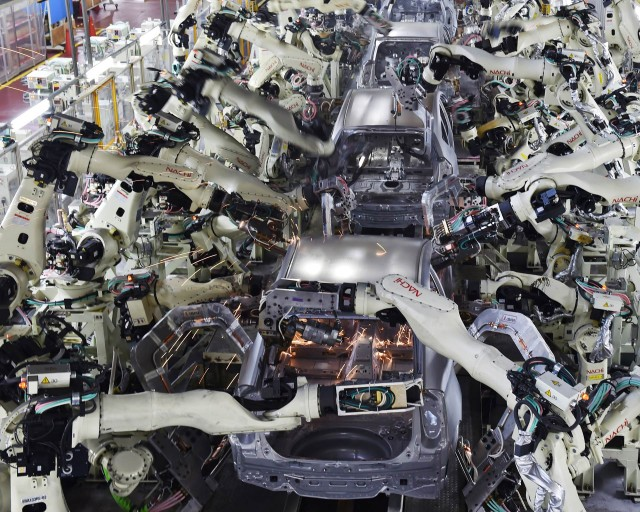 Robots eroding employment prospects in developing economies, says UN