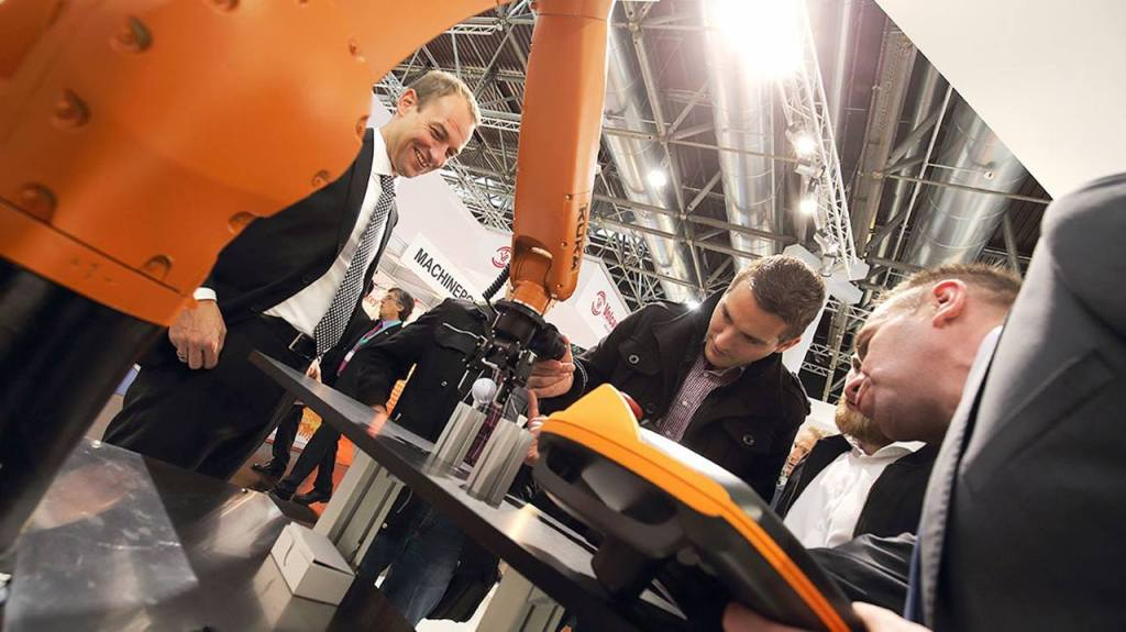 Kuka and VIP launch new system to teach industrial robots without programming