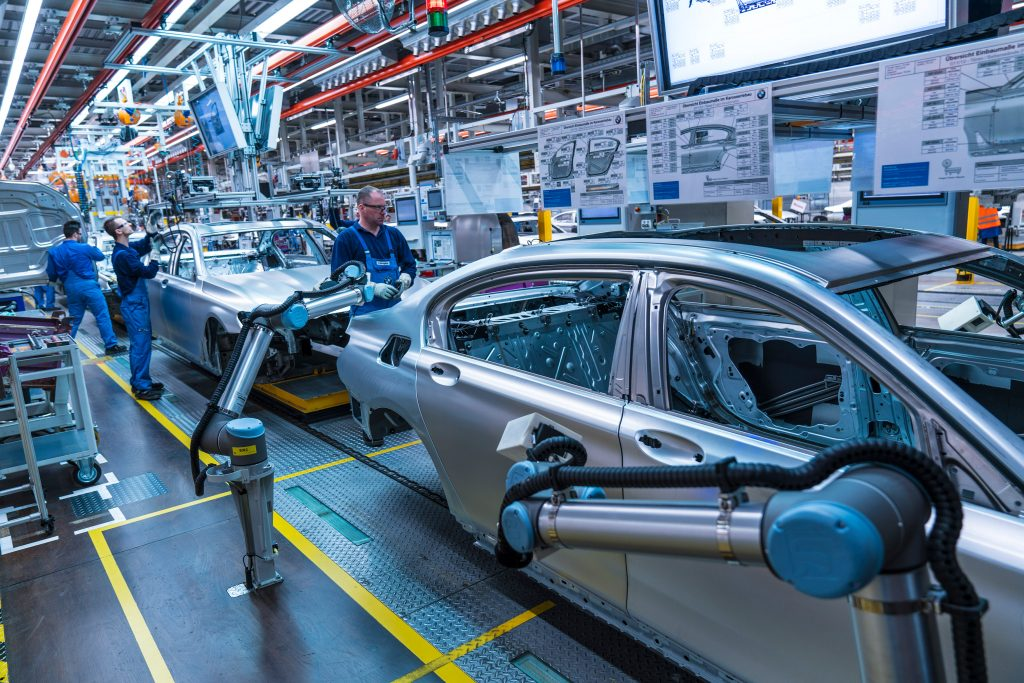 bmw workers robots automated measurement