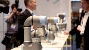 Universal Robots presents mobile plug-and-produce solutions at Hannover