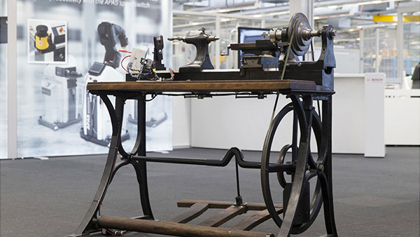 An old Bosch lathe, dating back to the 1800s