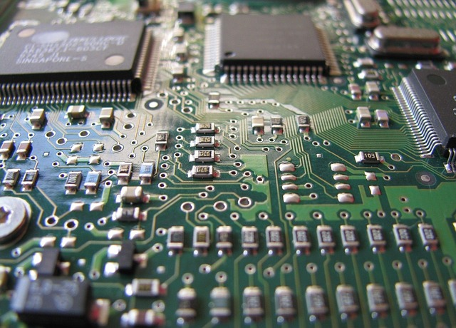 Semiconductor sales reach $35 billion a month for the first time