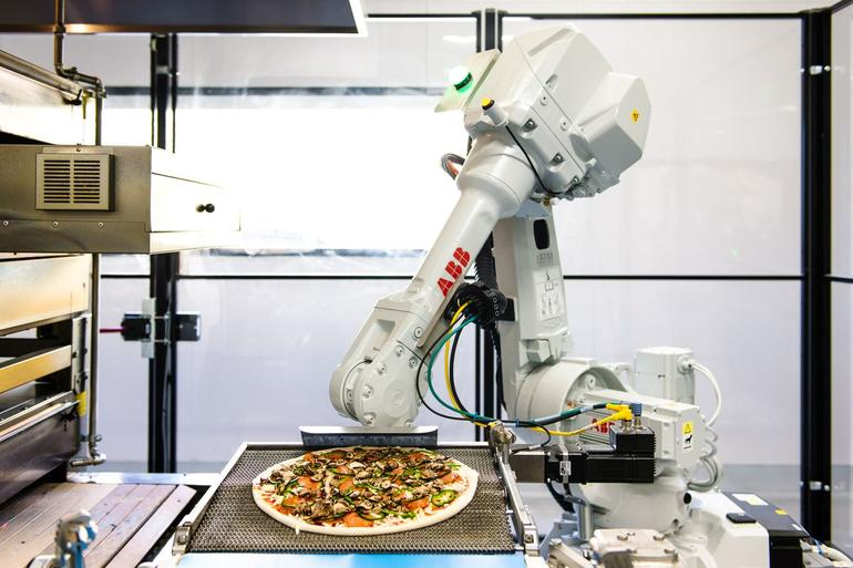 Zume Pizza raises $48 million funding for robotic pizza production system