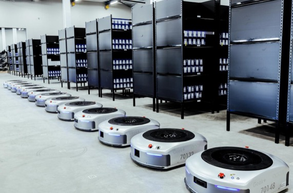 Geek Plus says it has sold more than 3,000 warehouse robots