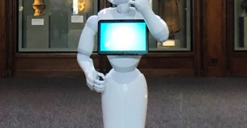 Pushy Pepper robots take over Smithsonian Museum hosting jobs