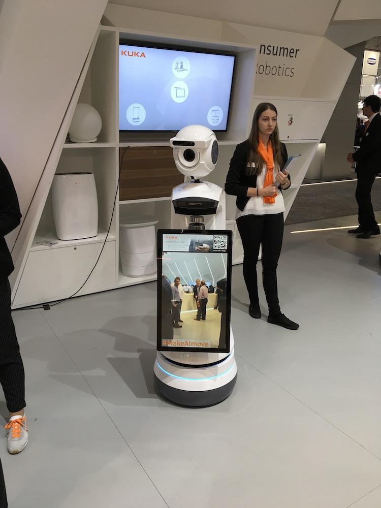 kuka i-do robot at hm copy