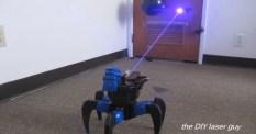 Veckans videor: Laserskjutande robot och DRC 2013