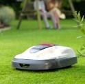 10 robotgräsklippare i test av Selbst