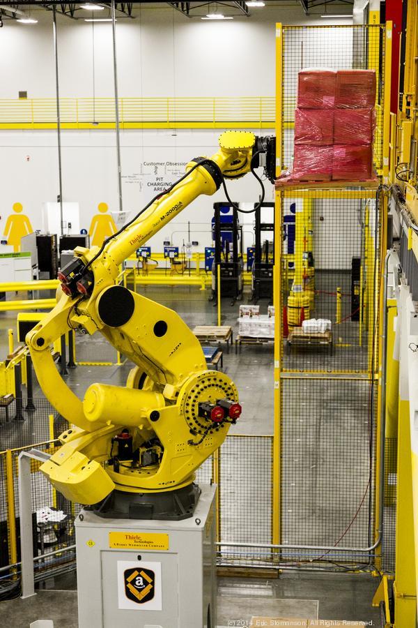 amazon-robotic-arm-600xx2574-3861-0-0