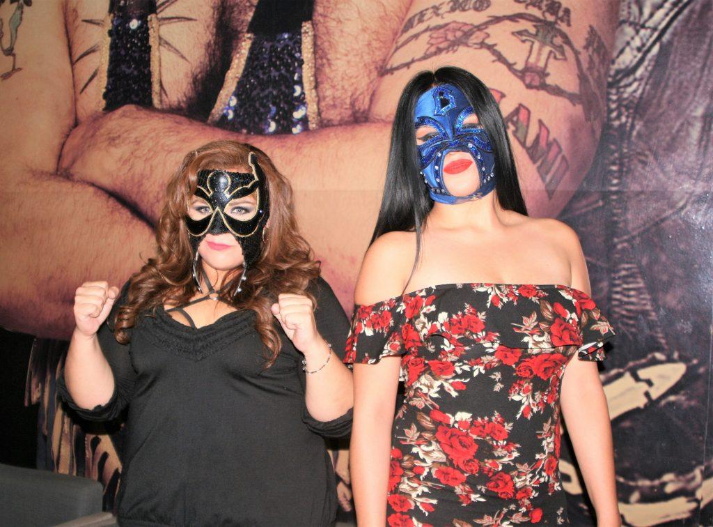 Gran lucha de máscaras femenil en la Arena López Mateos.