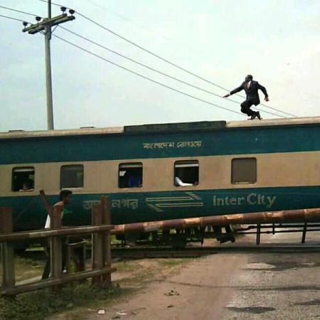 trainmugabe #MugabeFalls