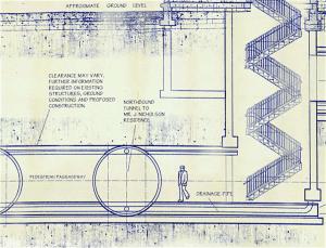 Northbound tunnel to Mr. J. Nicholson REsidence (foto Playboy)