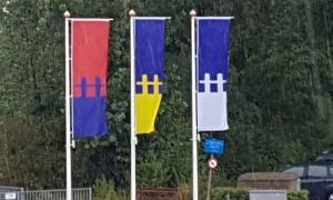 Kolderbolders op banners in Den Helder (foto DHA)