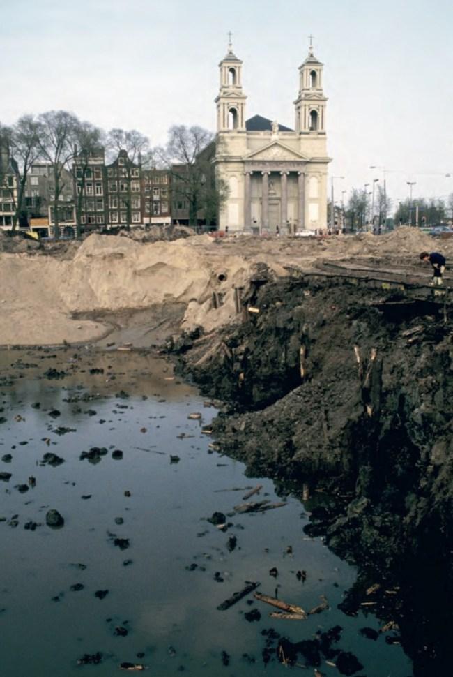 Bouwput van de Stopera 1981