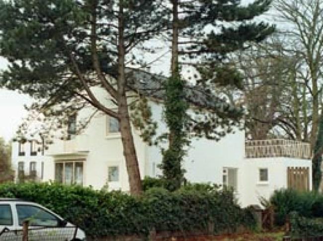 Pand Parklaan van Marggraff in renovatie,29 juni :december 2005 (foto Paul Krielé)