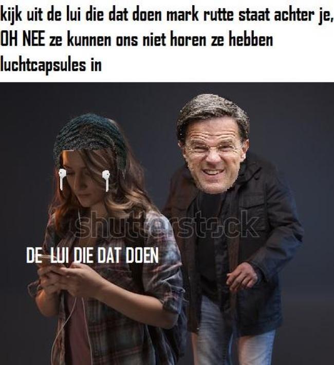 Kijk uit, Rutte staat achter je (foto Reddit)